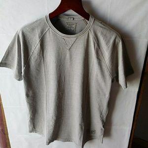 Abercrombie & Fitch T Shirt Size L